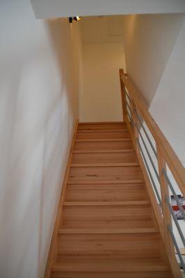 mauleon-gite-du-renard-le-soleil-couchant-escalier.jpg