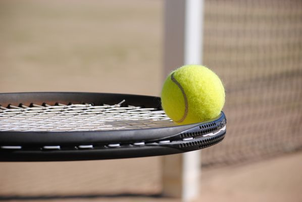 tennis-2042725_1280.jpg