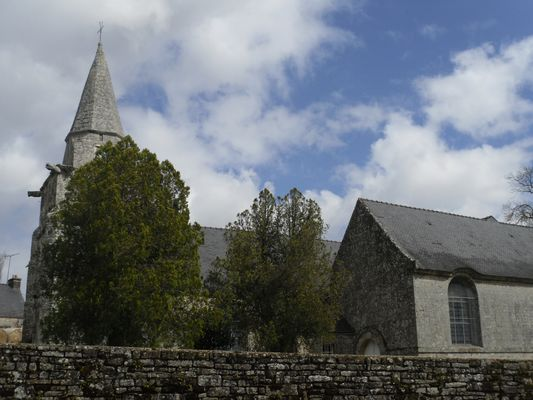 église - Locmalo - crédit photo OTPRM (14).JPG