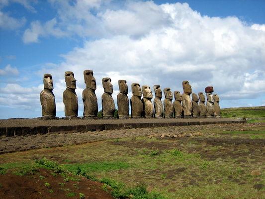 19.04.19 moai ingres.JPG