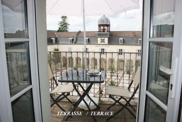 terrasse gite du couvent.jpg