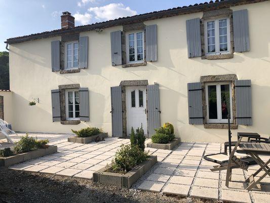 moutiers-sous-chantemerle-chambre-dhotes-a-loree-du-bois-facade2.jpg
