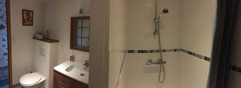 noirlieu-gite-du-chateau-salle-de-bain.jpg