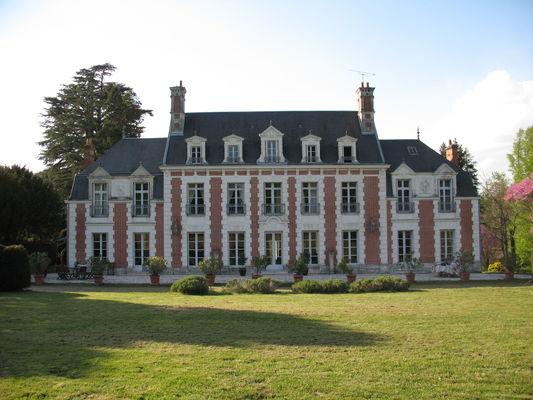 Le Châteaude la Poterie.JPG