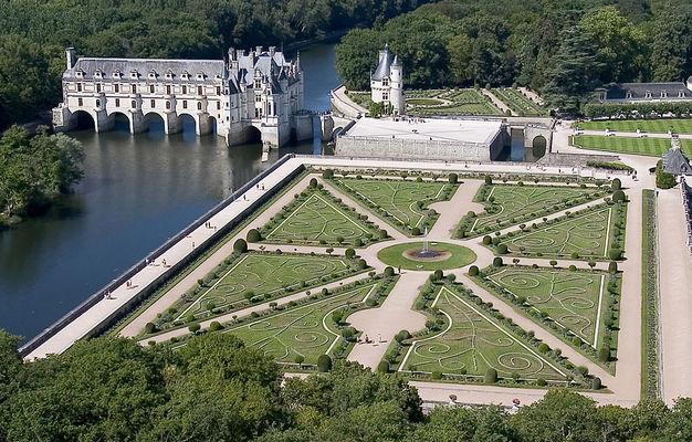 Château de Chenonceau Vue aérienne.jpg