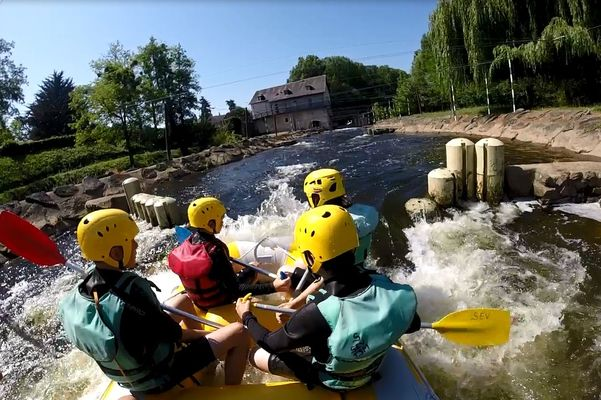 Rafting_La_Roche_Posay_Stade_eau_vive_Tournon_Saint_Martin (4).JPG