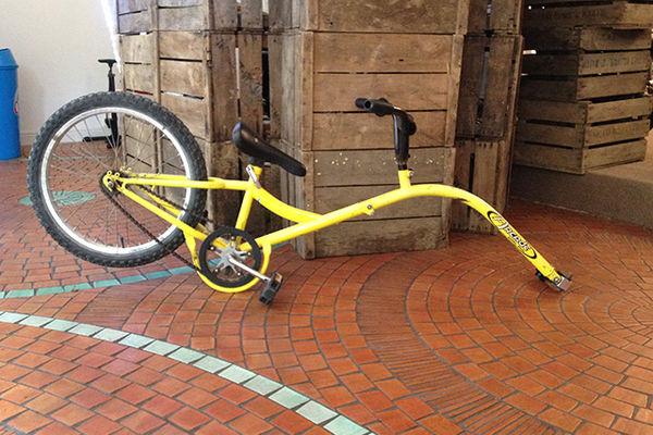 suiveur vélo location ile de ré.jpg