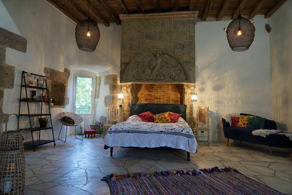 moutiers-sous-chantemerle-chambres-dhotes-bocage-de-la-belle-histoire-chambre1.jpg