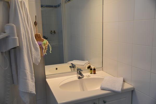 Salle de bain ch4.JPG