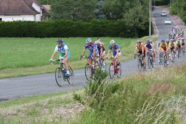 Course_cycliste_DODAM_86_La_Roche_Posay (2).jpg