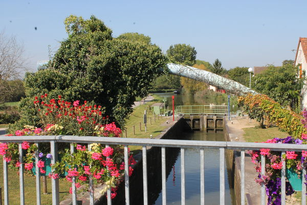 La-loyere-canal-du-centre-ecluse-OT (4).JPG