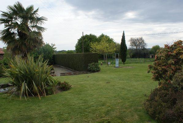 St-Amand-sur-Sevre-le Grand Poiron-jardin1.jpg