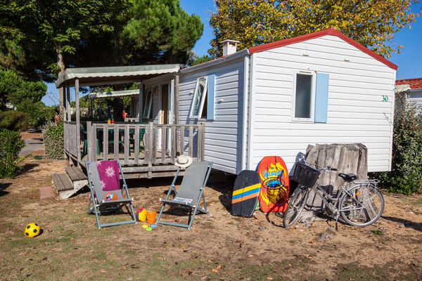 Camping-Les-Peupliers---MH-ext.jpg