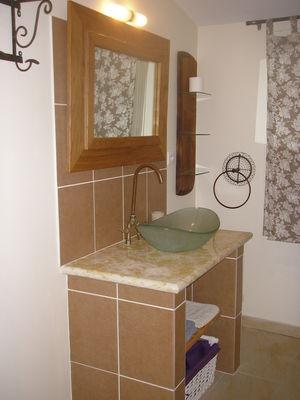 Perusko - salle de bains pacherenc.JPG