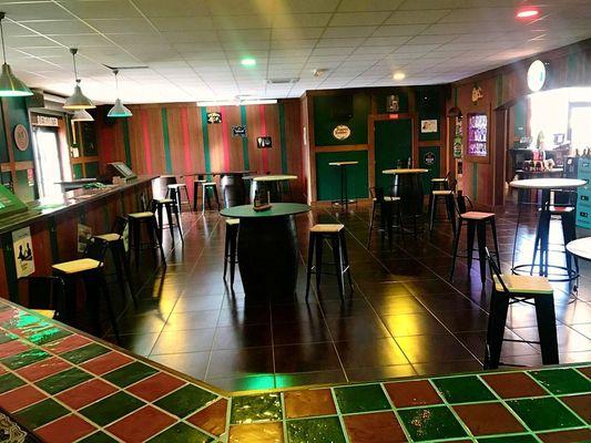 VandB-bar-bières-aulnoy-lez-valenciennes.jpg