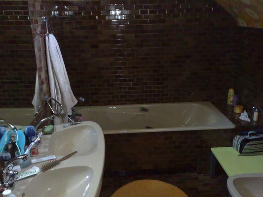 PH-10---Salle-de-bains-premier.jpg