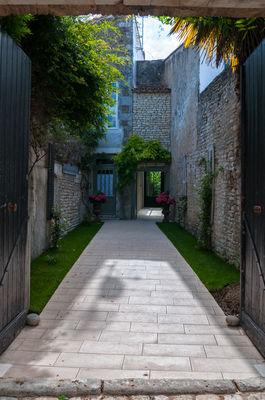 La maison Douce ile de Ré - Le Jardin (11).jpg