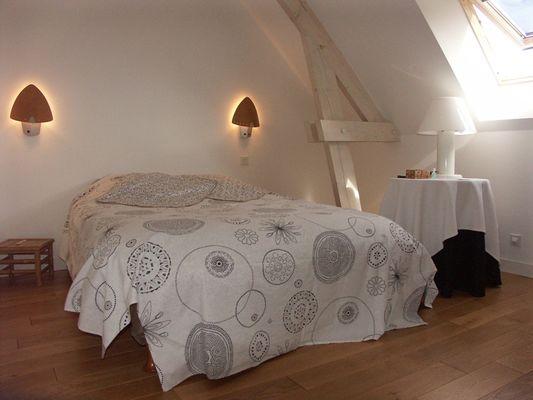 location-la-roche-posay-chambre-reg.JPG