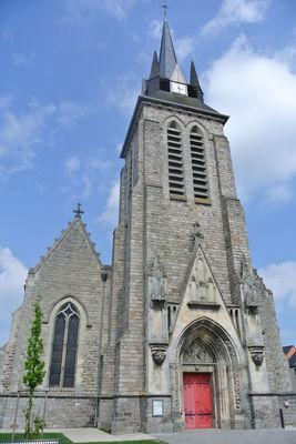 L'église Saint Pierre de La Couture.jpg