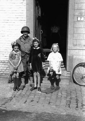 WW2 - Yves Bourdon044.jpg