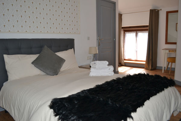 Room4-2.jpg