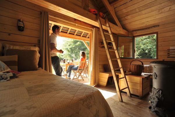 Cabane sur l'eau - Le Bois à Forcé - CP P.Beltrami - Mayenne Tourisme (10).JPG