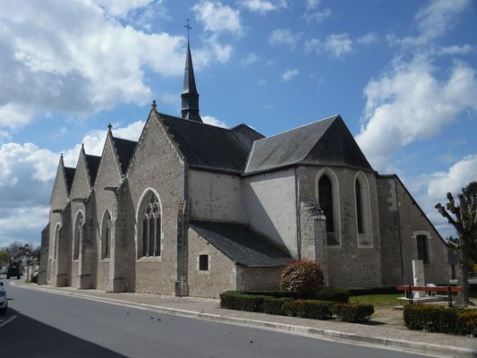 Notre-Dame_de_Chitenay.JPG