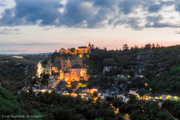 Rocamadour au crépuscule--© Lot Tourisme - G. Giuglio.jpg