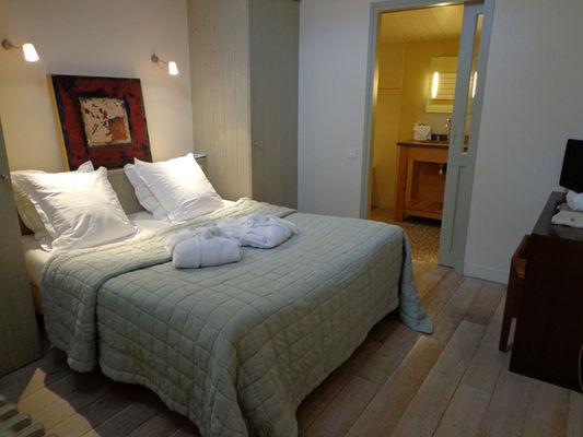 suite hotel ile de ré.jpg