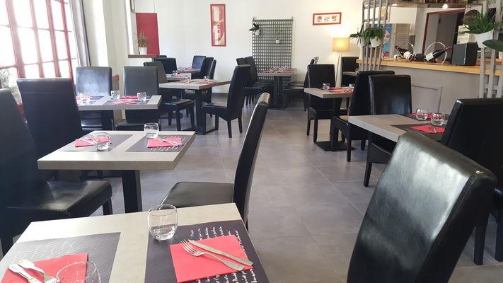 Restaurant_Auberge_de_la_Roche_Posay (1).jpg