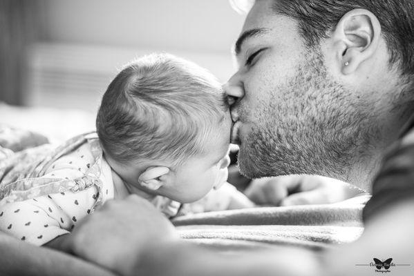 victoria-facella-photographie-séance-photo-naissance-domicile-bébé-sainte-soulle-17-poitou-charente-maritime-la-rochelle.jpg