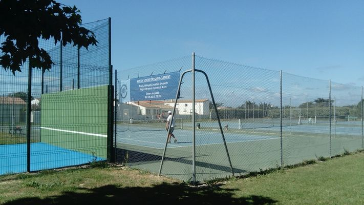 airedeloisirs-stclement-tennis-2.JPG