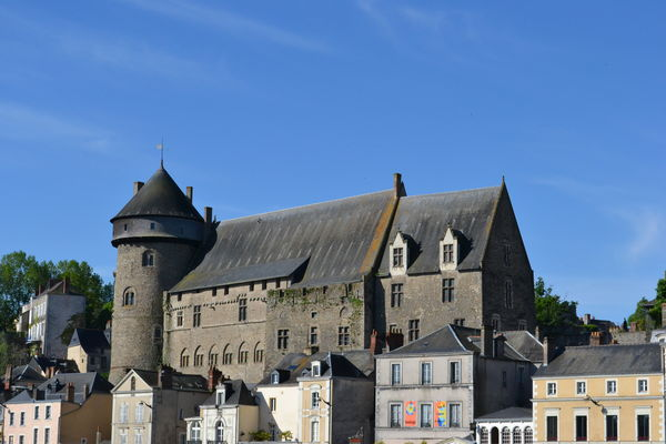 Vieux chateau (2).JPG