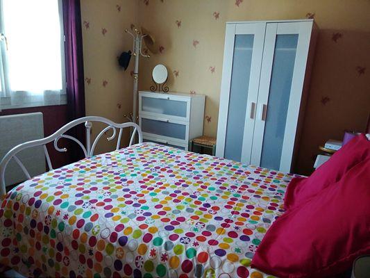 trayes-gite-mesange-bleue-chambre1bis.jpg