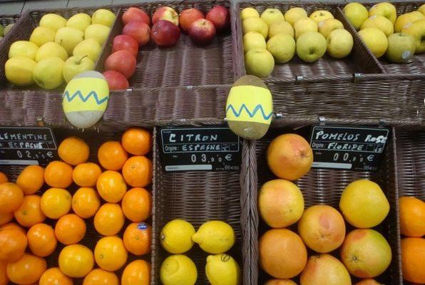 vival-superette-saintmartindere-iledere-fruits.jpg