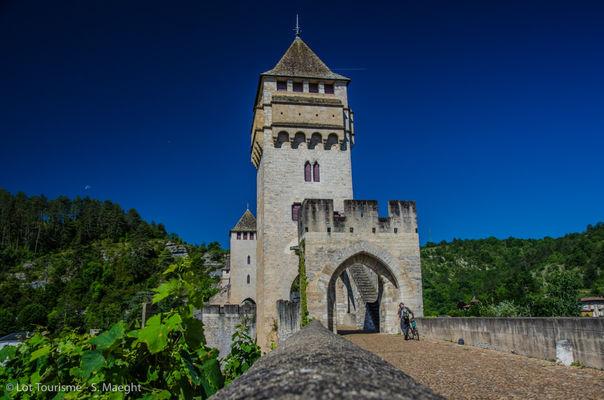 Pont Valentré à Cahors--© Lot Tourisme - S. Maeght.jpg