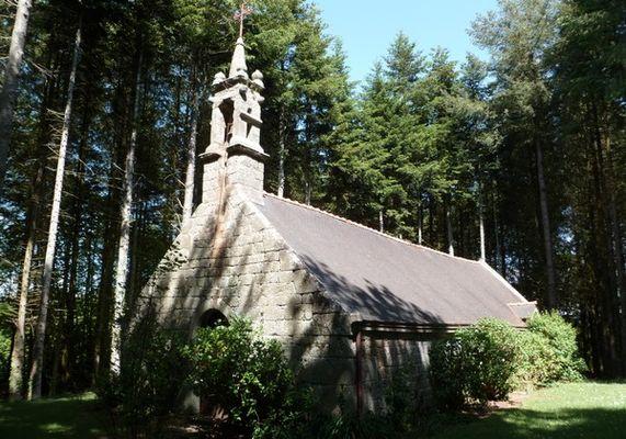 Chapelle Saint-Melaine-Lanvénégen (2).JPG