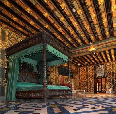Appartements-royaux-I-Chateau-royal-de-Blois---Chambre-de-la-Reine---©-D.jpg