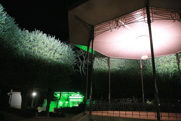 Enquête au Stade-Parc Larcin et boule de gomme - Copyright office de tourisme Béthune-Bruay.jpg
