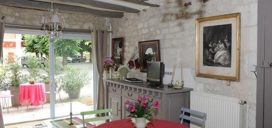 location_lesigny_sur_creuse_la_roche_posay_3_etoiles_ALEXANDRE_clos_Kaline (2).jpg