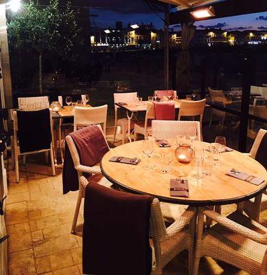 restaurant-serghi-saintmartin-iledere-salle-2.jpg
