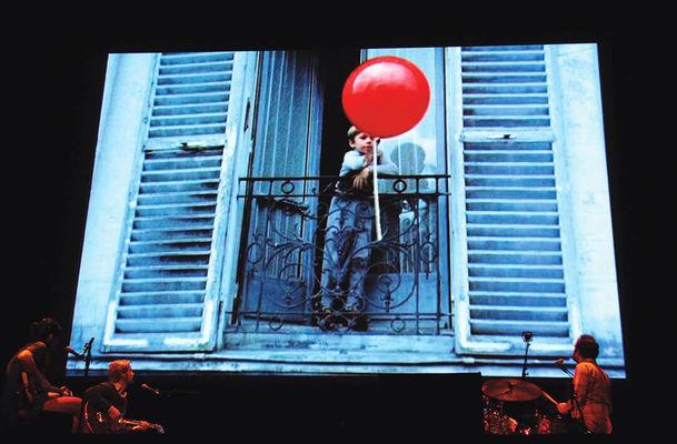 Ballon-rouge-9-03-15000007.jpg