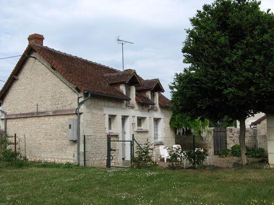 location_coussay_les_bois_Dhumeaux_D_2_etoiles (1).JPG