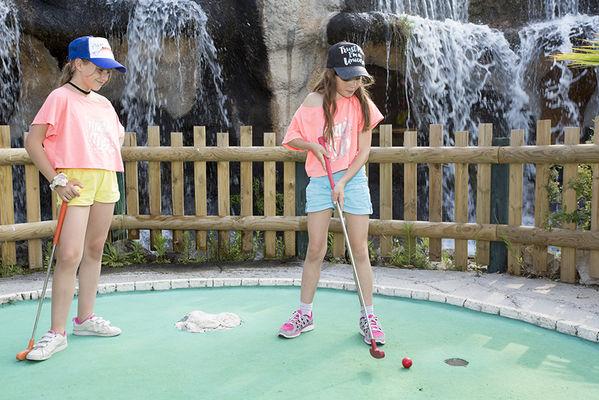 adventure_golf.jpg