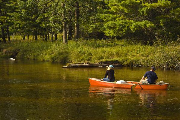 adventure-boat-canoe-couple-275636.jpg