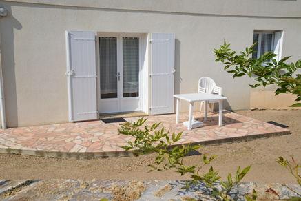 location_la_roche_posay_2_étoiles_Eliot (8).jpg
