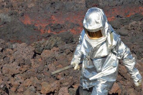 conférence scientifique la cité du volcan 2.jpg