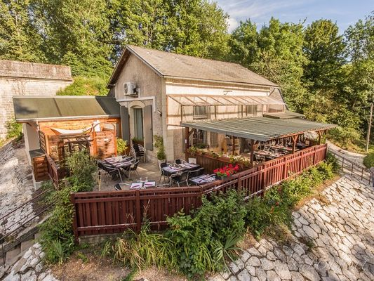Restaurant_pizzeria_Marsala_La_Roche_Posay.jpg
