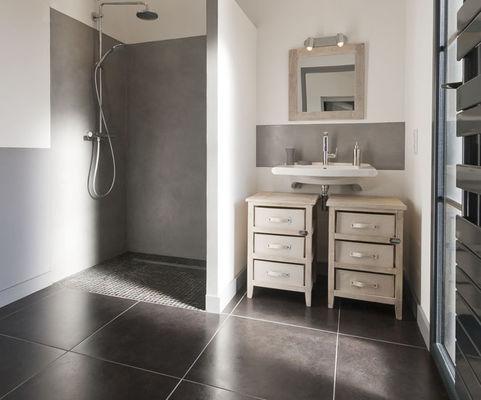 Villa pouzereau - Reglin Delphine - salle d'eau.jpg