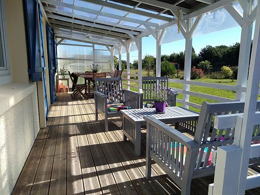 trayes-gite-mesange-bleue-veranda2.jpg